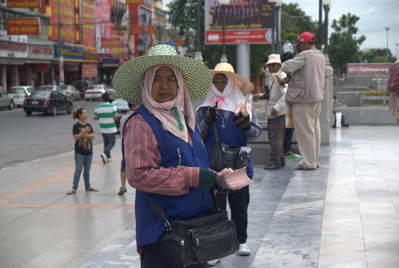 1450 km pickupem: Isaan, Mekong, pamiątki Khmerów 6