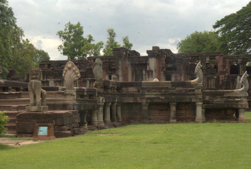 1450 km pickupem: Isaan, Mekong, pamiątki Khmerów 9