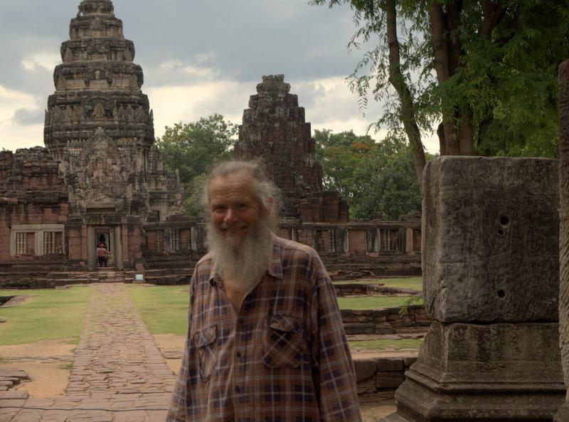 1450 km pickupem: Isaan, Mekong, pamiątki Khmerów 12
