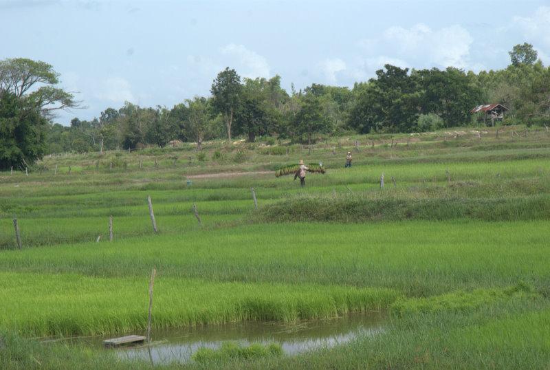 1450 km pickupem: Isaan, Mekong, pamiątki Khmerów 16