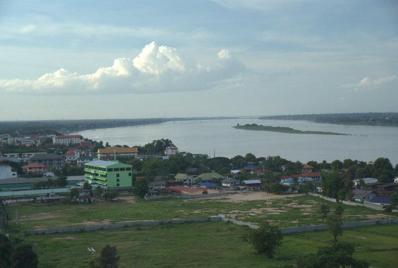 1450 km pickupem: Isaan, Mekong, pamiątki Khmerów 21