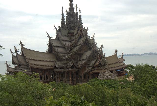 Do Pattayi (niekoniecznie) i byle nie dostać mandatu! 25