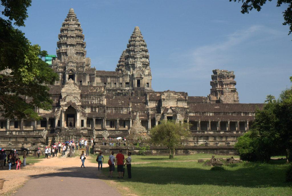 W stolicy Khmerów (Angkor Wat) 12