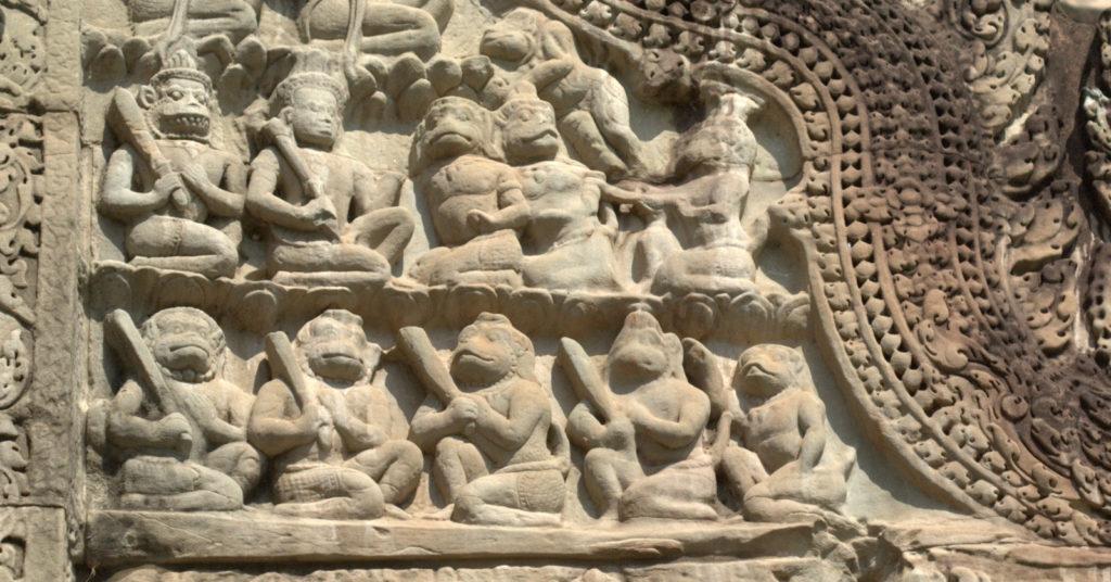 W stolicy Khmerów (Angkor Wat) 17