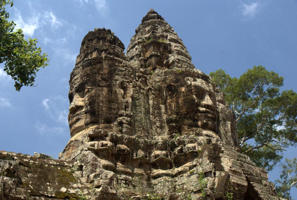 W stolicy Khmerów (Angkor Wat) 16