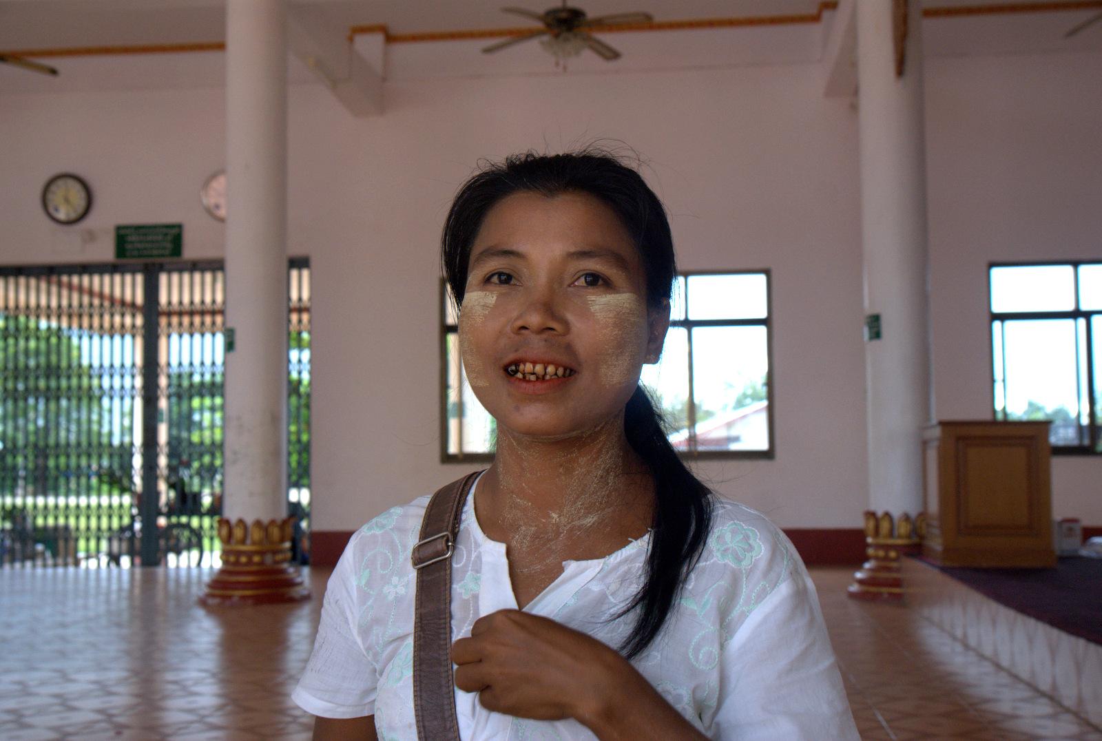 Zaliczyć Birmę, spróbować kasztanów i uciec przed powodzią 121