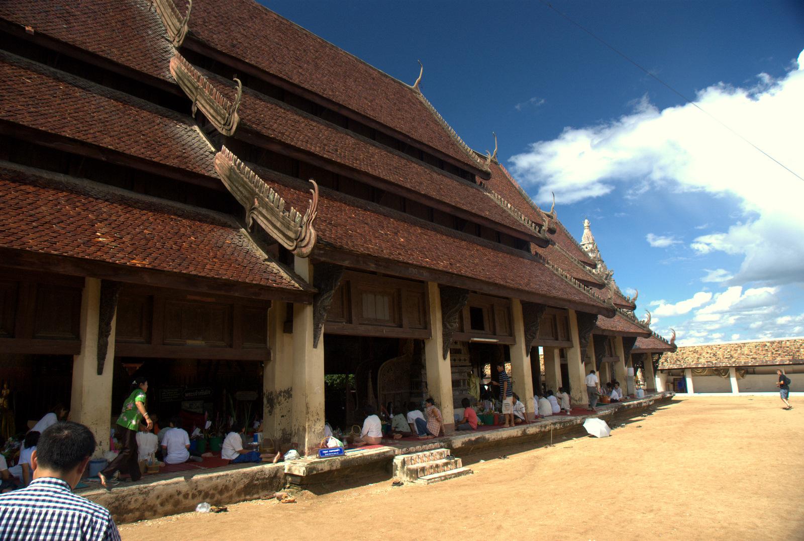 Miasta kultu, miasta małp, ale najbardziej Lampang 132