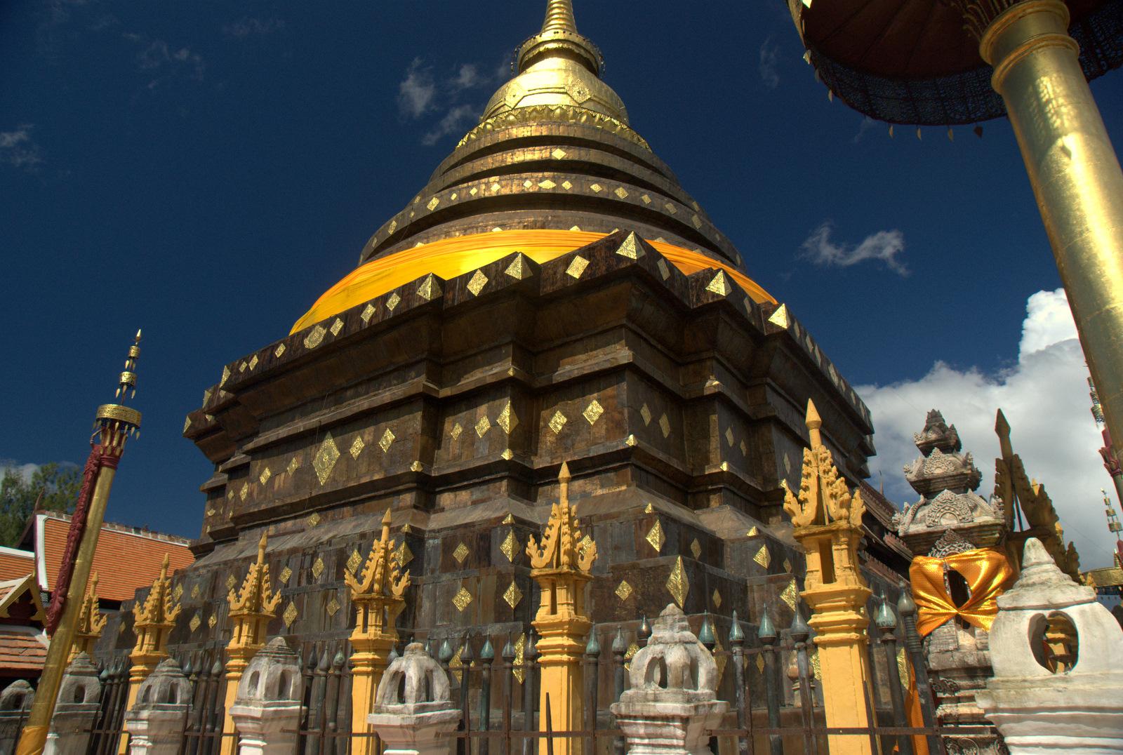 Miasta kultu, miasta małp, ale najbardziej Lampang 133