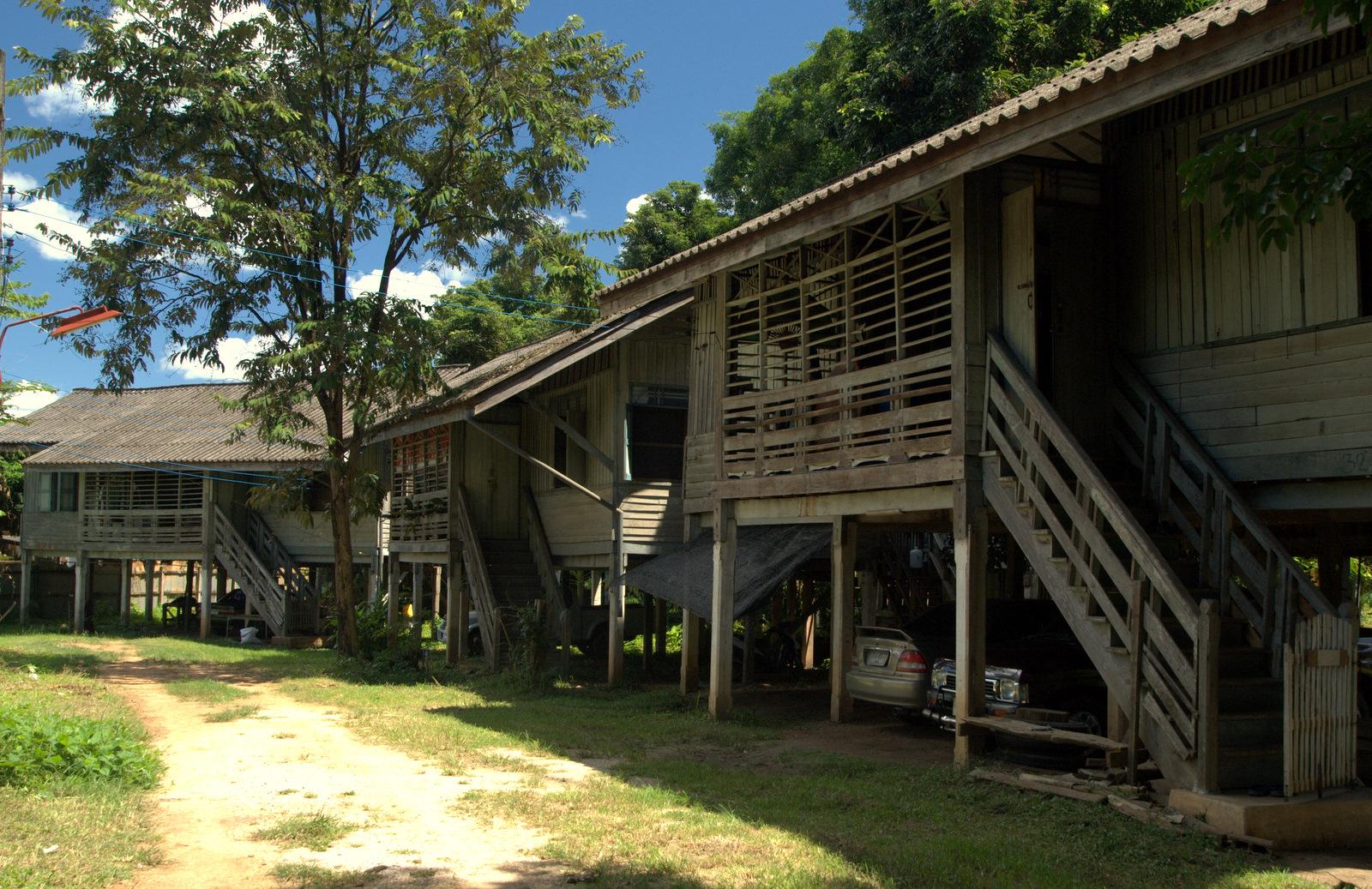 Miasta kultu, miasta małp, ale najbardziej Lampang 145