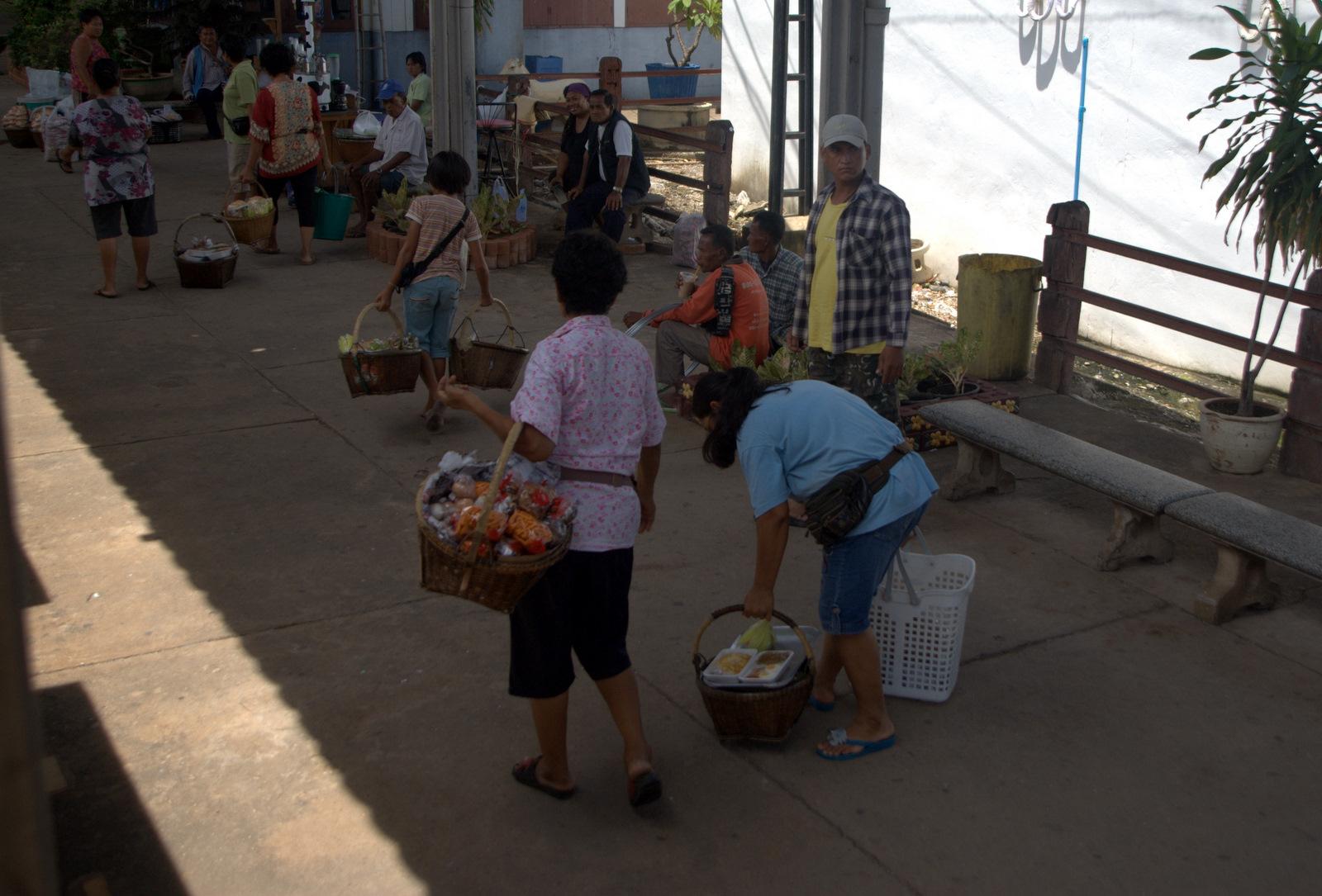 Miasta kultu, miasta małp, ale najbardziej Lampang 164