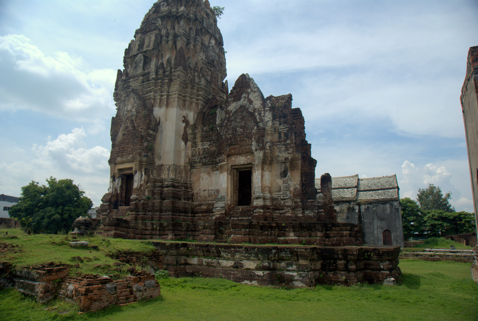 Miasta kultu, miasta małp, ale najbardziej Lampang 168