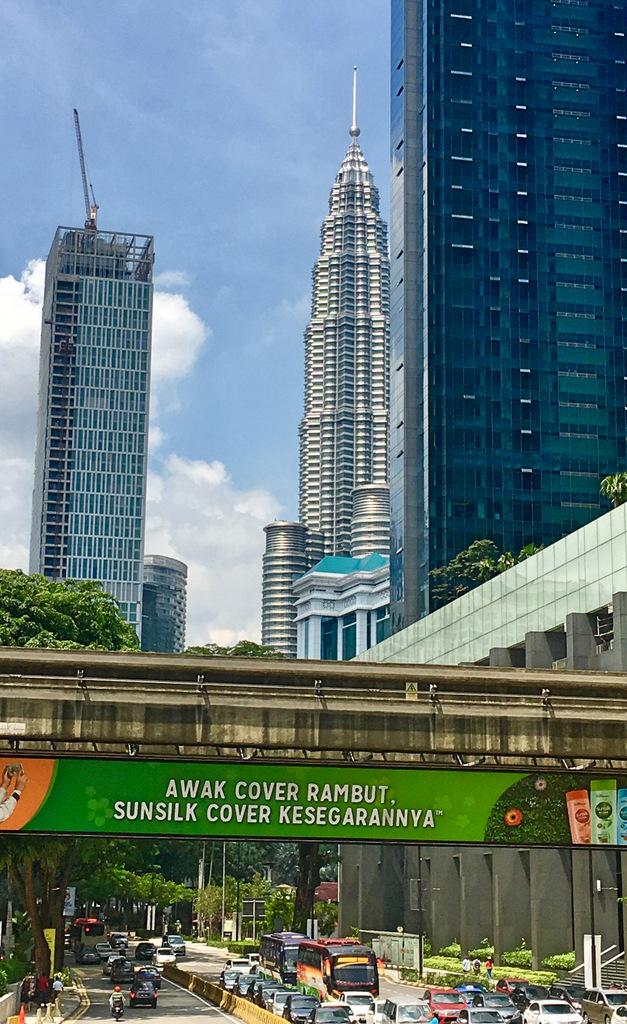Etap 3: Kuala Lumpur (1). Wieże, ulice i świątynie... 11