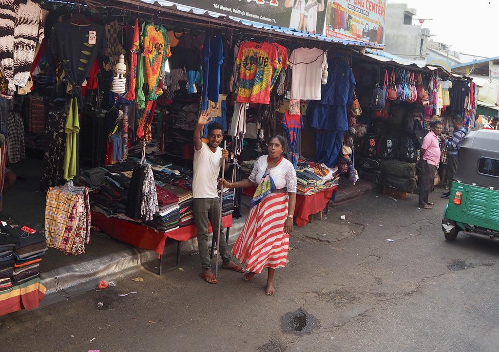 Etap 2: Jak przeżyć drogę autobusem do Colombo? 10