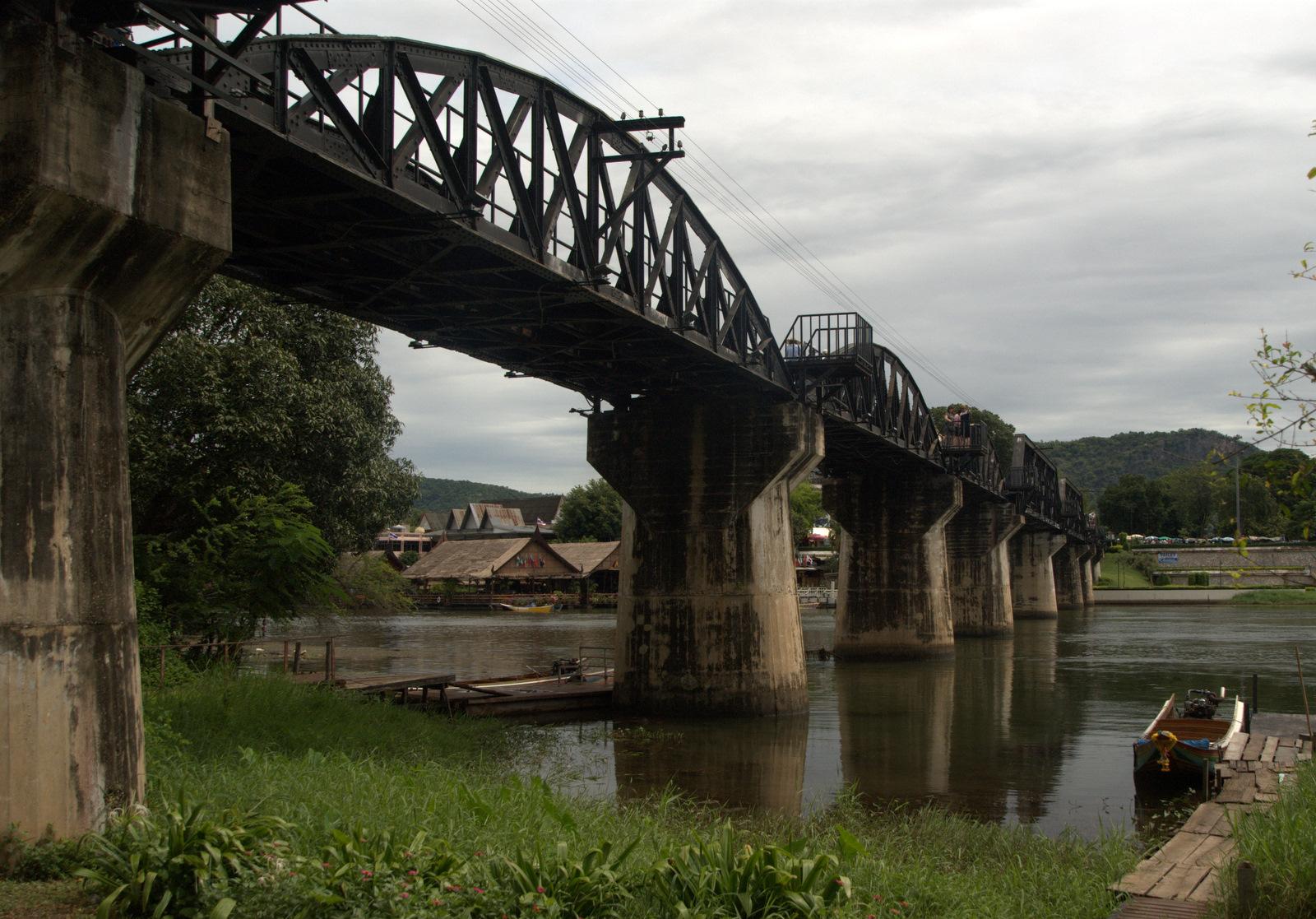 O moście, piekle i pięknej rzece 97