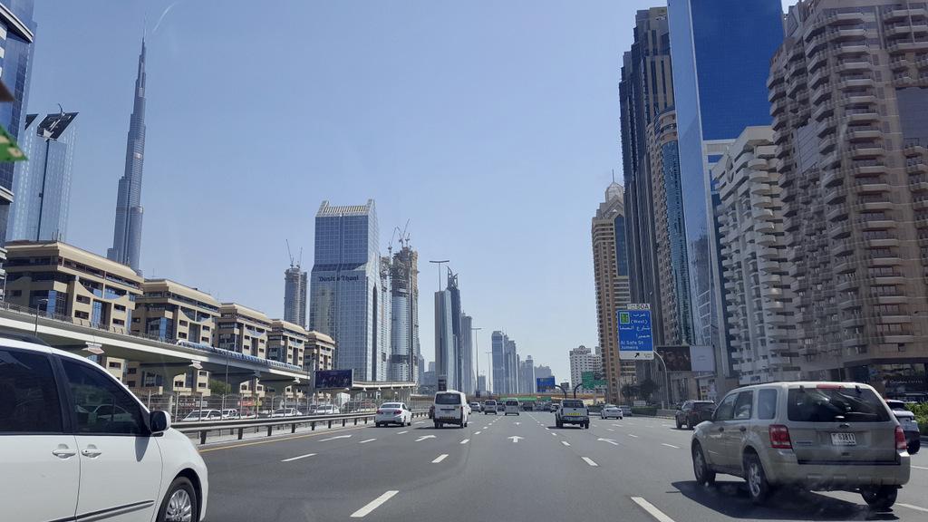 Etap 8: Dubaj. Limuzyną z lotniska 38