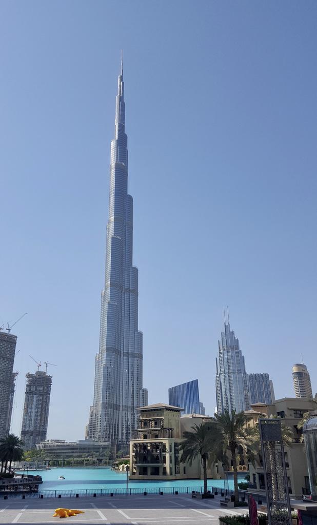 Etap 8: Dubaj. Limuzyną z lotniska 39