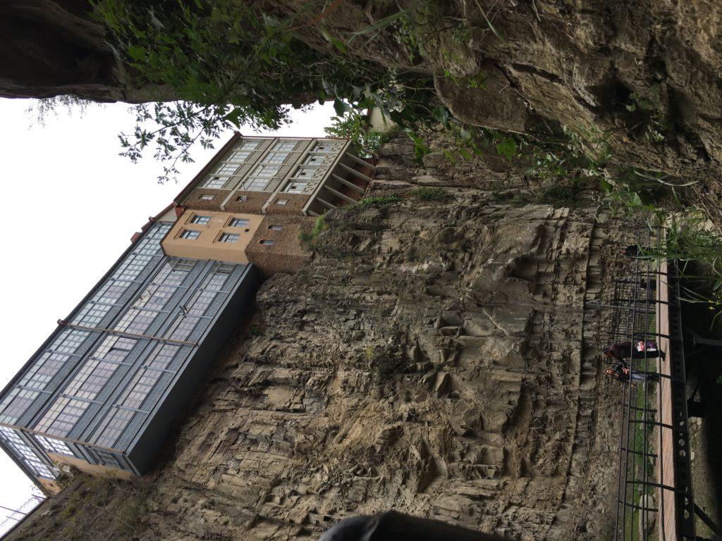 Tbilisi. Piękne, fascynujące, choć ciągle ranne po trzęsieniu ziemi 72