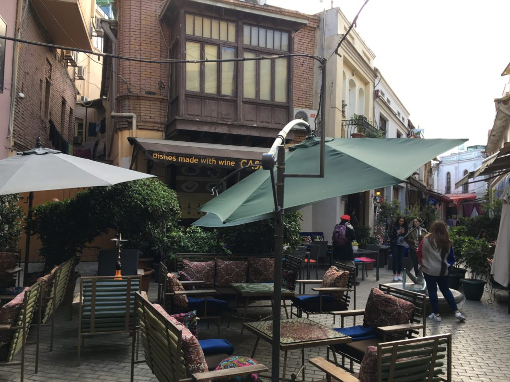 Tbilisi. Piękne, fascynujące, choć ciągle ranne po trzęsieniu ziemi 87