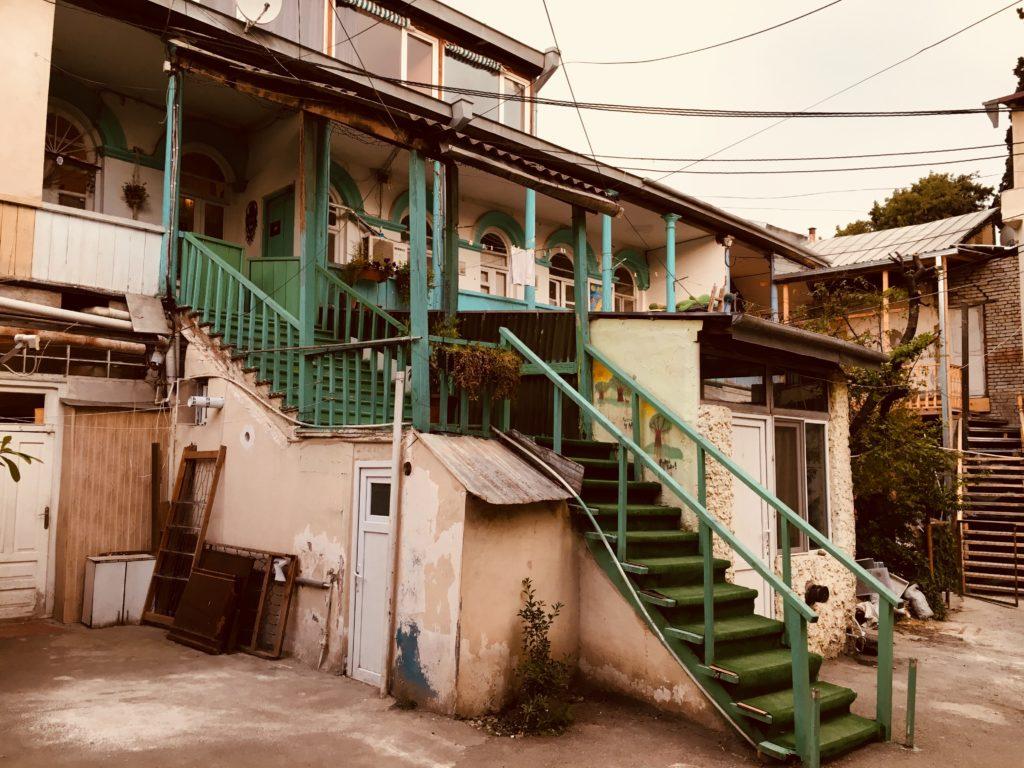 Tbilisi. Piękne, fascynujące, choć ciągle ranne po trzęsieniu ziemi 64