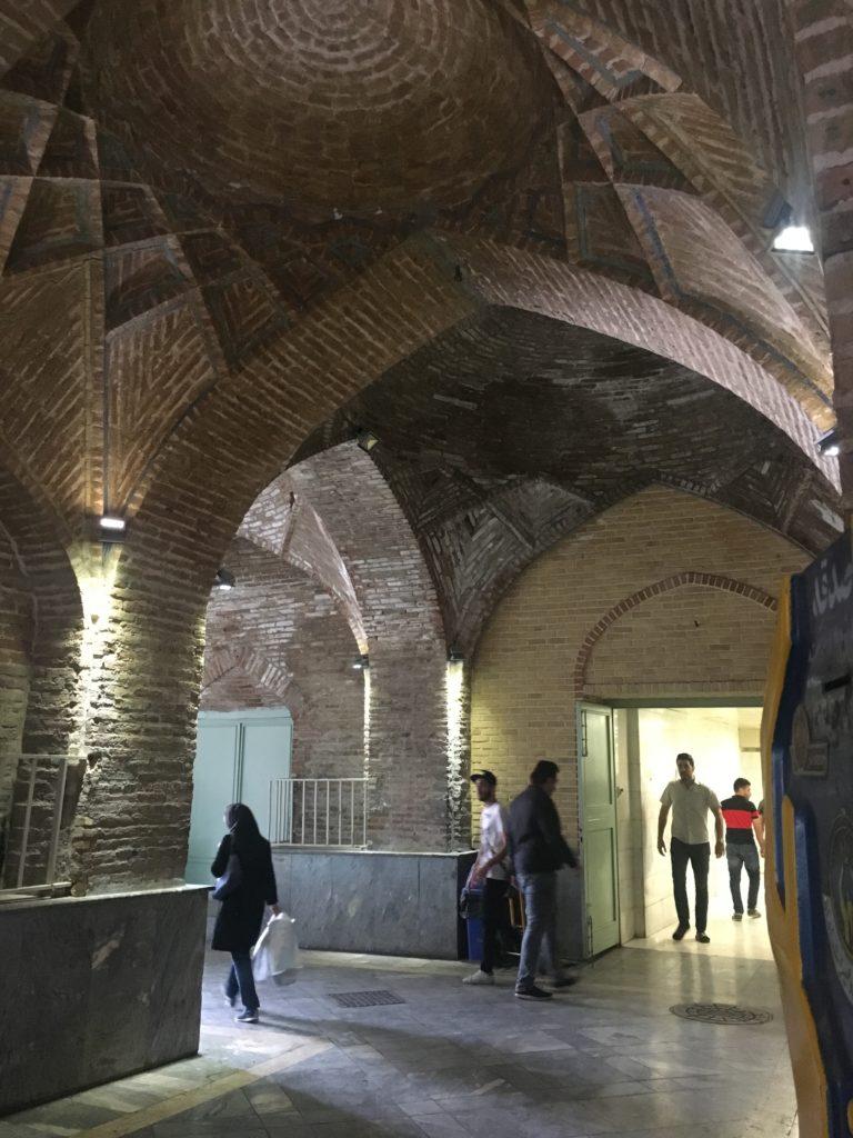Gruzja-Armenia-Iran-Stambuł. Dzień 8-9: Morze Kaspijskie i Teheran 54