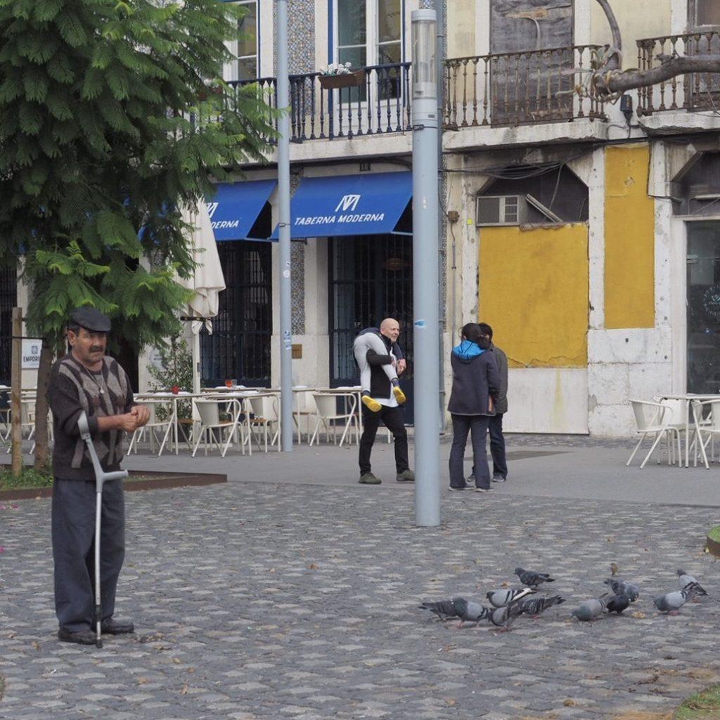Bezpłatny dzień w Lizbonie. Zaplanowana przesiadka - przelotem i w gratisie. Afryka jeszcze chwilę poczeka... (Zapiski z Afryki, 1) 1